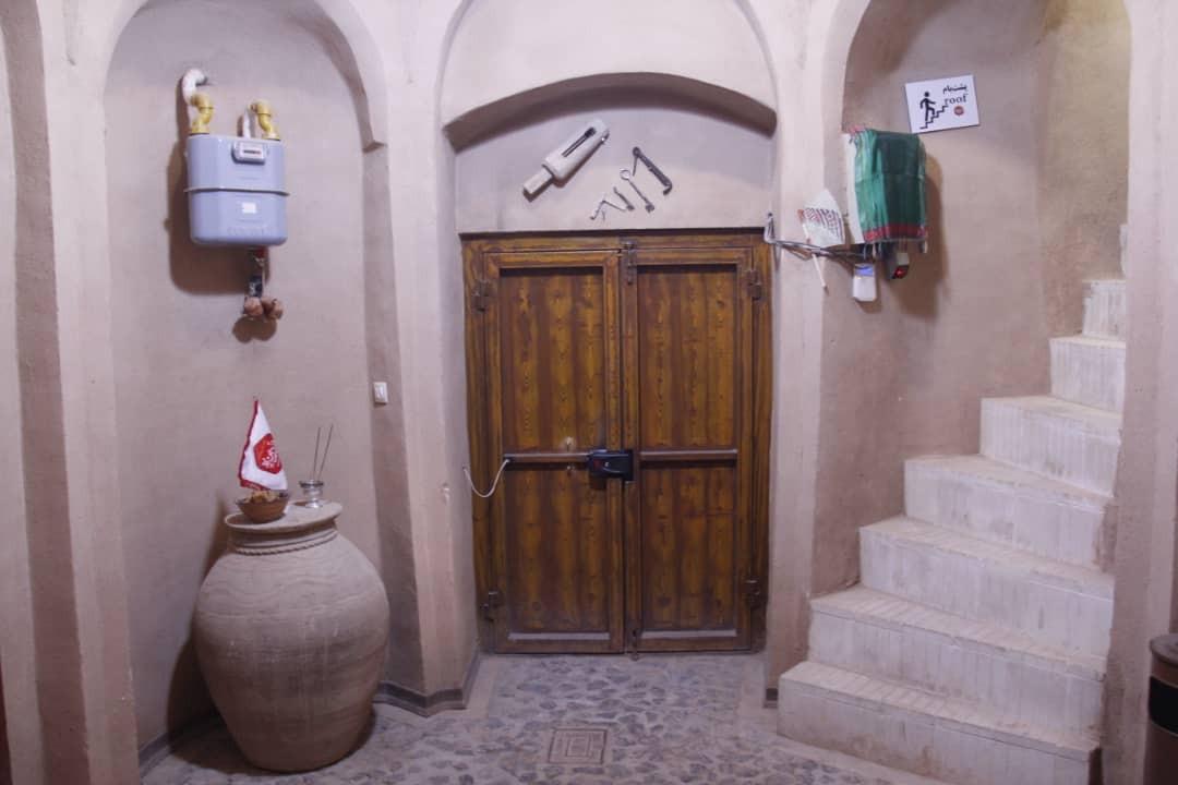 بوم گردی خانه سنتی در شهر تفت  - اتاق 1