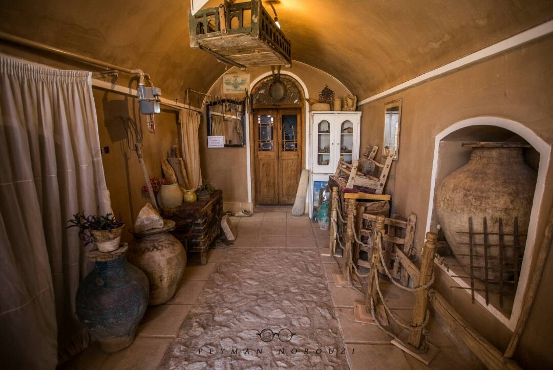 بوم گردی خانه سنتی ارزان در میبد یزد - شیرین و فرهاد 2
