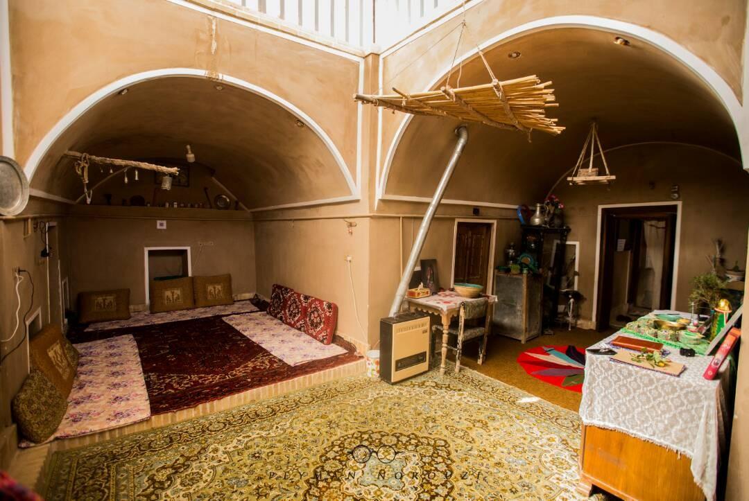 Eco-tourism اقامتگاه سنتی شیک و ارزان یزد - شیرین و فرهاد 3
