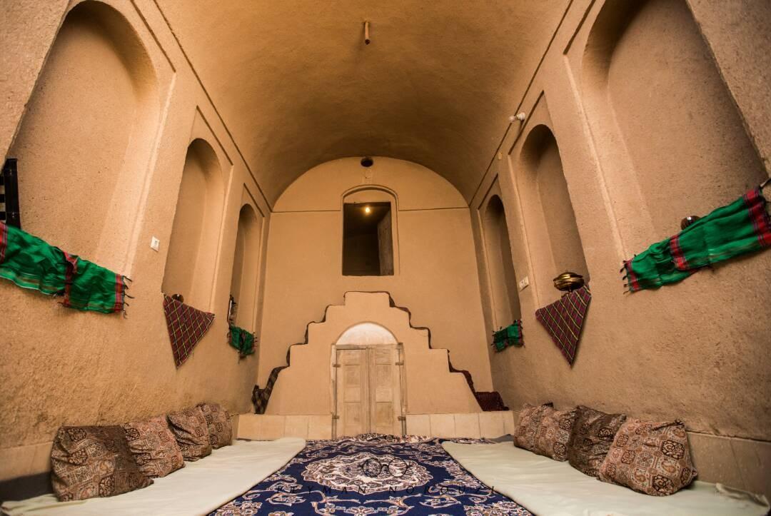 بوم گردی خانه اجاره ای سنتی در میبد یزد - شیرین و فرهاد 4