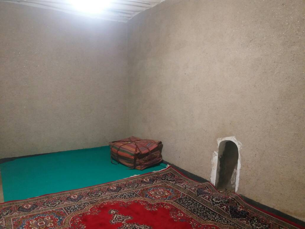بوم گردی خانه سنتی در شش پیر سپیدان