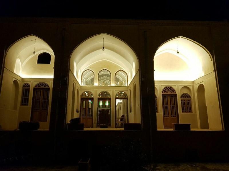 بوم گردی بومگردی کویر گردی در زواره اصفهان - اتاق 2