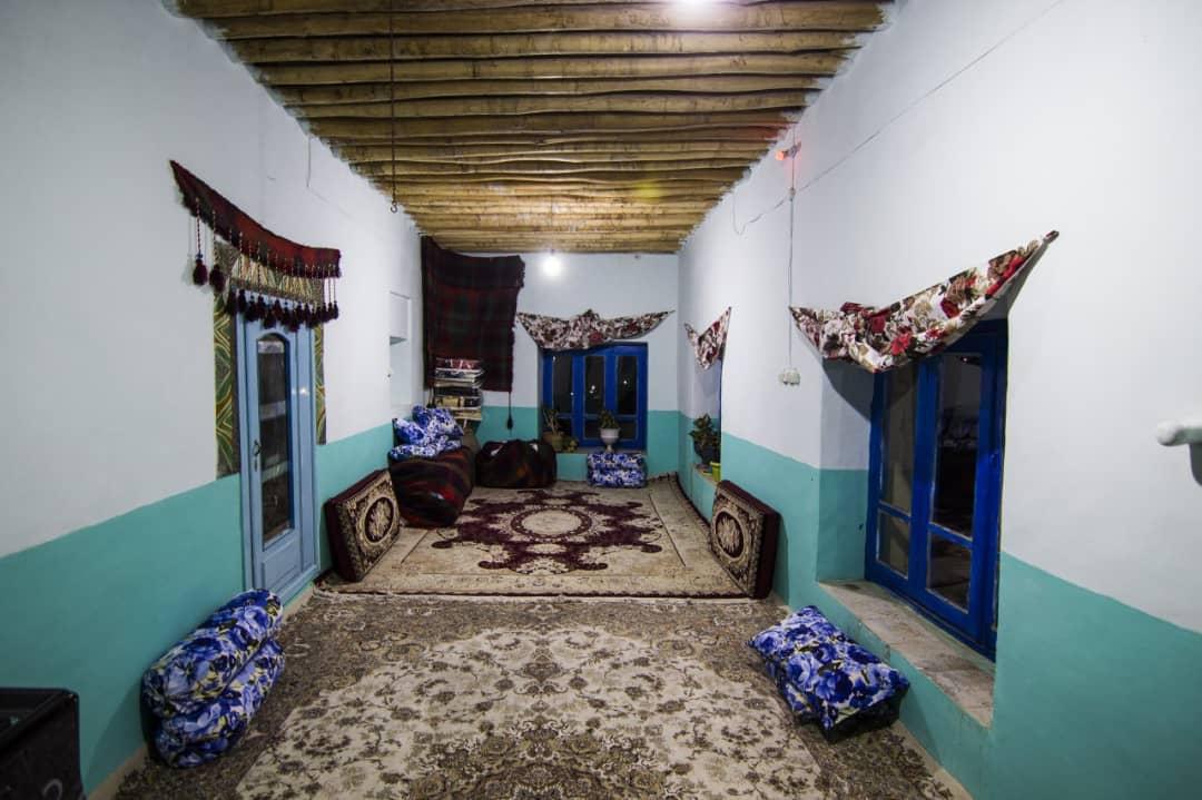 بوم گردی بوم گردی سنتی در بخش دینور صحنه
