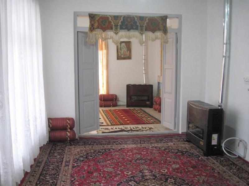 بوم گردی بومگردی سنتی در سربندان تهران - اتاق 1