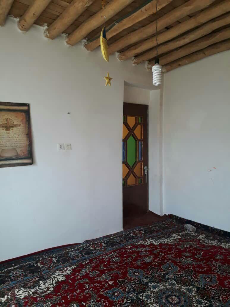 بوم گردی خانه روستایی در گلین سنندج - باران اتاق 3