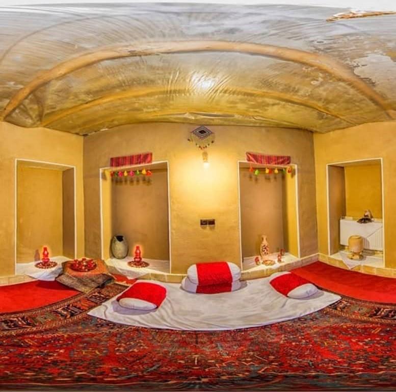 بوم گردی اقامتگاه سنتی در برزک کاشان - 3