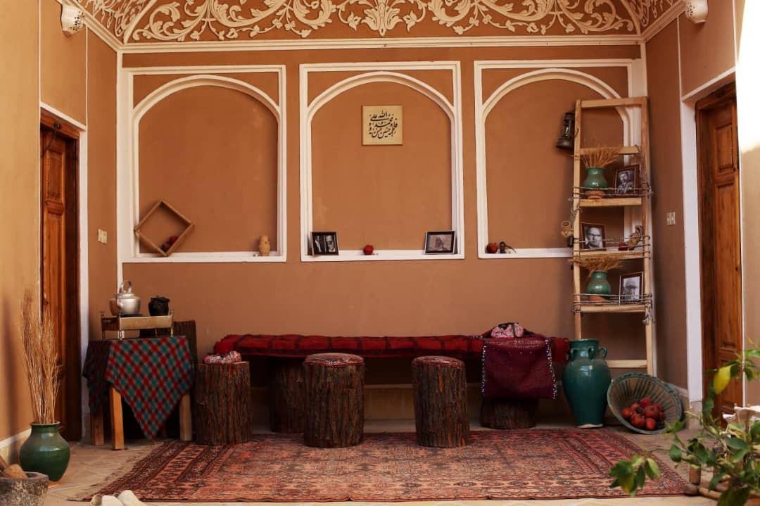 بوم گردی خانه سنتی مناسب در یزد- اتاق گندم