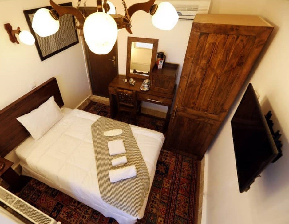 بوم گردی  خانه سنتی ترنج در یزد -اتاق 10