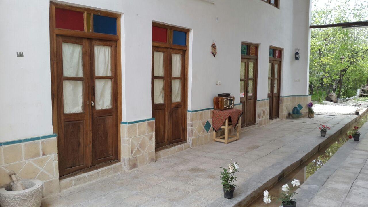 Eco-tourism اتاق سنتی در ساحلی قمصر - رازیانه