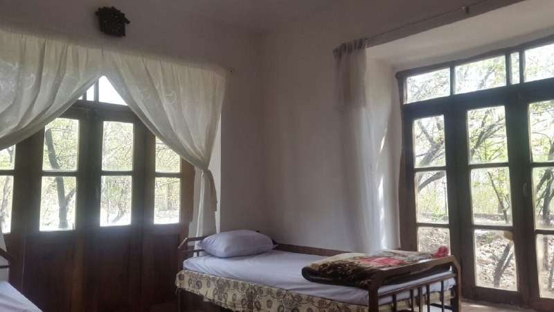 Eco-tourism اتاق دو تخته در ساحلی قمصر - پونه