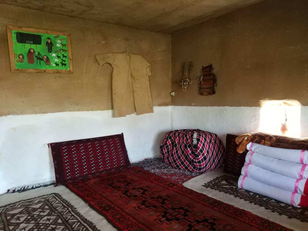 بوم گردی بومگردی سنتی کیکوم در کرمانشاه - اتاق 1