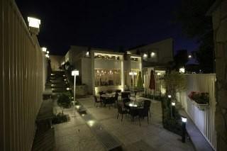townee هتل آپارتمان دربست در سامان - تلفن خانه اتاق 2