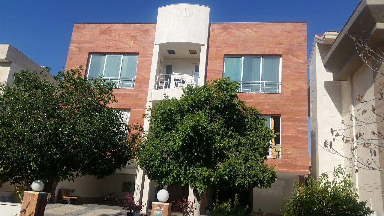 درون شهری آپارتمان مبله در شهرک صدف کیش - فاز2
