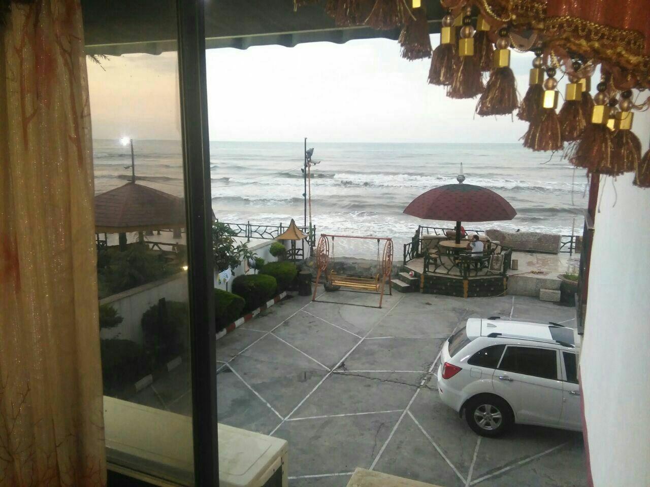 ساحلی ویلا رو به دریا درخط هشت چالوس