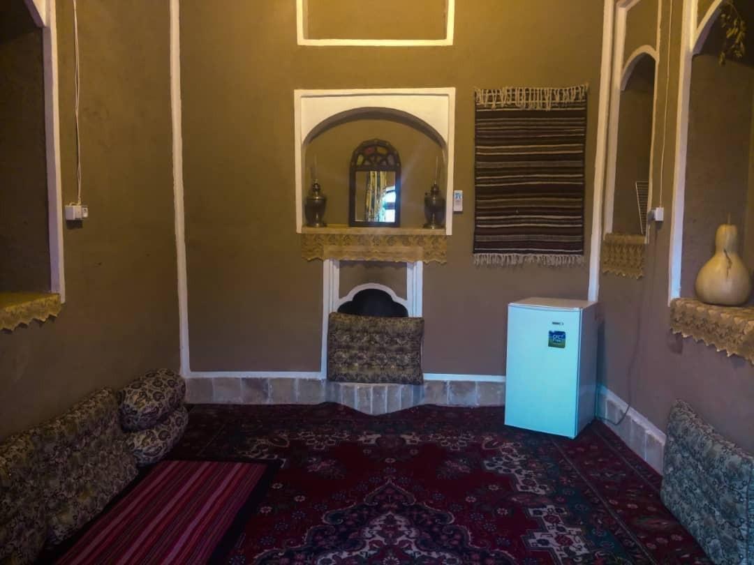 بوم گردی استراحتگاه سنتی سرو کهن یزد - اتاق 7