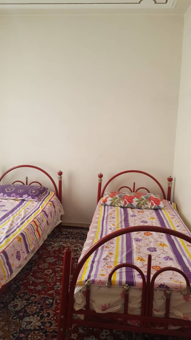 درون شهری منزل مبله در مرکز شهر شیراز
