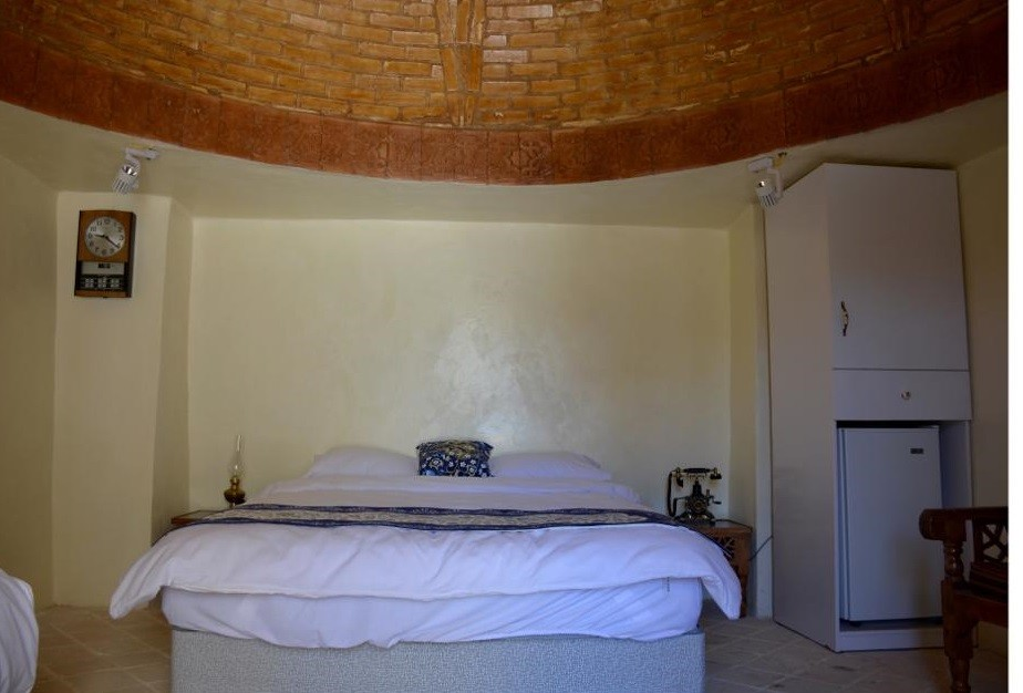 درون شهری هتل سنتی دو تخته در انقلاب زنجان - 1