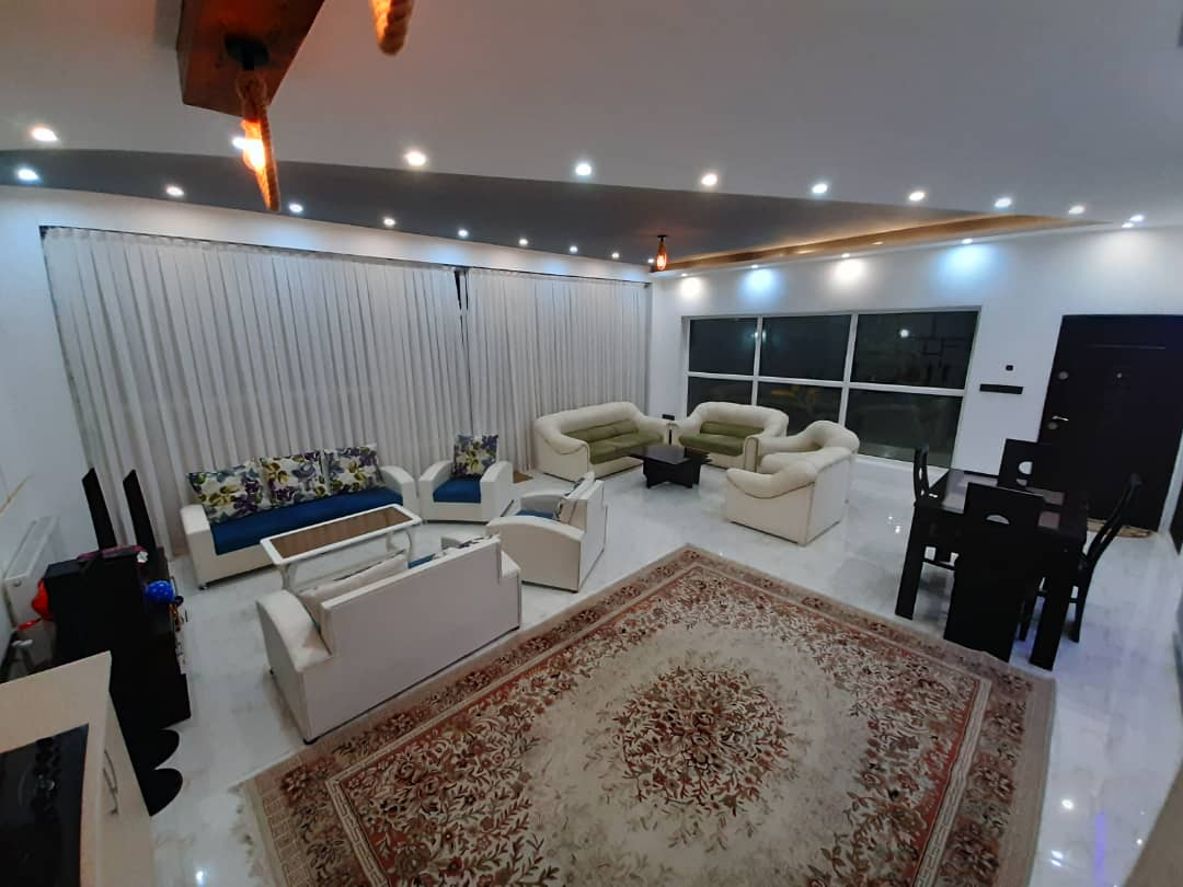townee ویلا استخردار در کردان - چناران