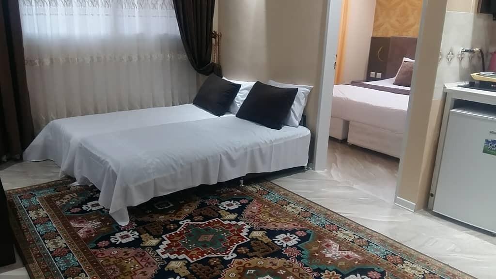 Beach اجاره ای هتل آپارتمان قیمت مناسب در مشهد