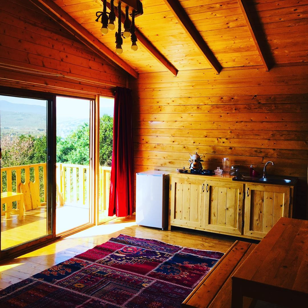 Forest کلبه چوبی در مرزیکلا شیرگاه