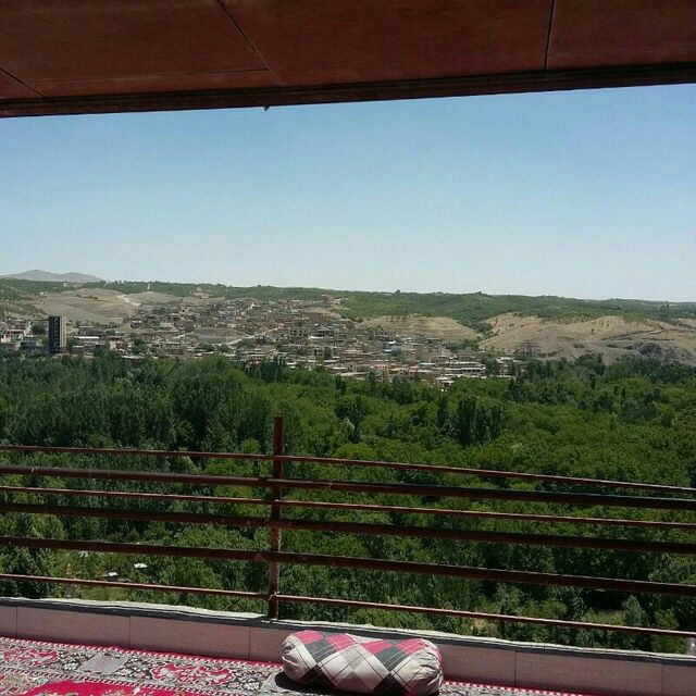 Village خانه ویلایی در نگین زاینده رود سامان