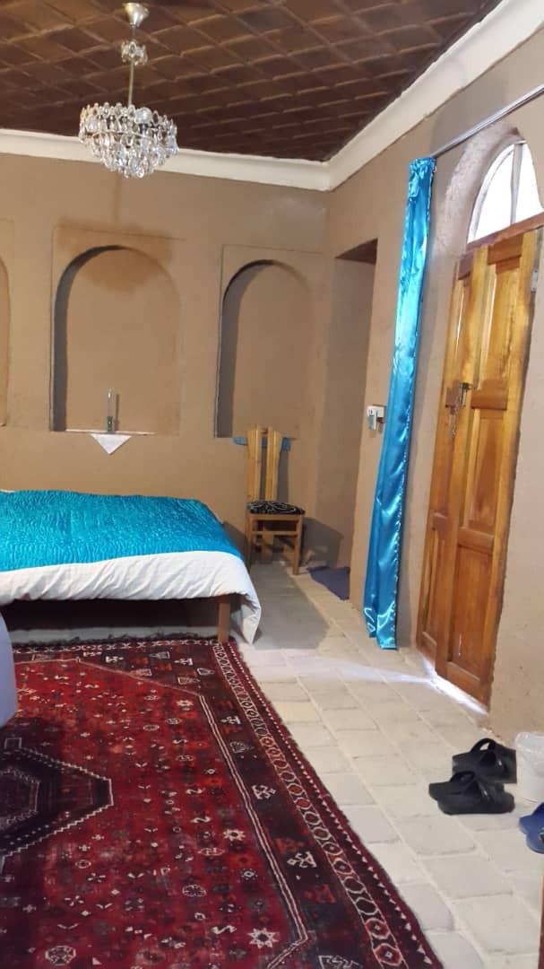 بوم گردی خانه سنتی در اباده فارس