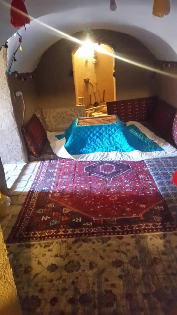 بوم گردی اتاق سنتی ده نفره در آباده