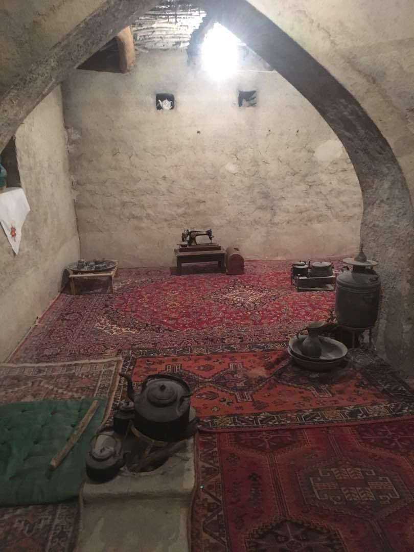 بوم گردی اتاق سنتی اوز لار - نریمان اتاق2
