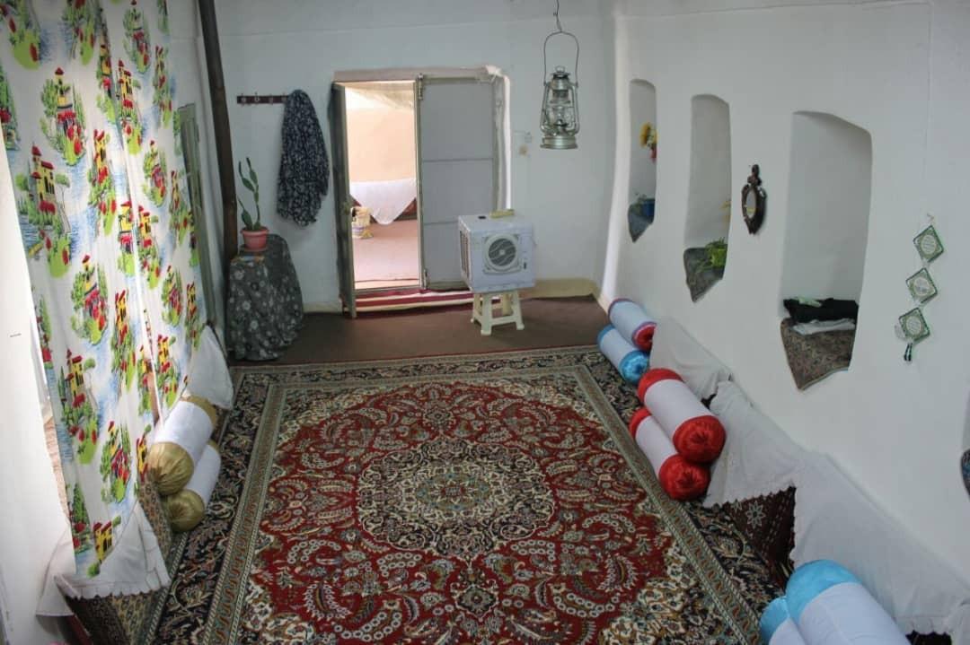 حومه شهر خانه روستای دربست در ابهر زنجان