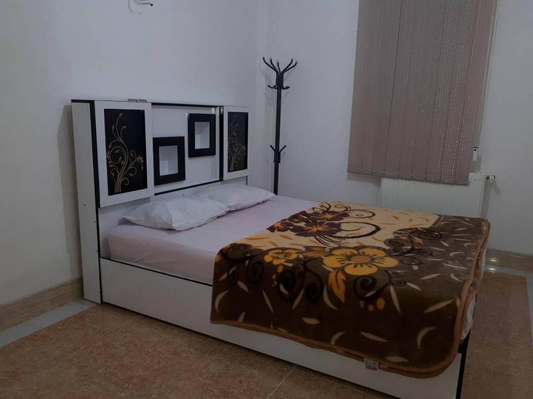 درون شهری آپارتمان شیک در هفت تنان شیراز_2