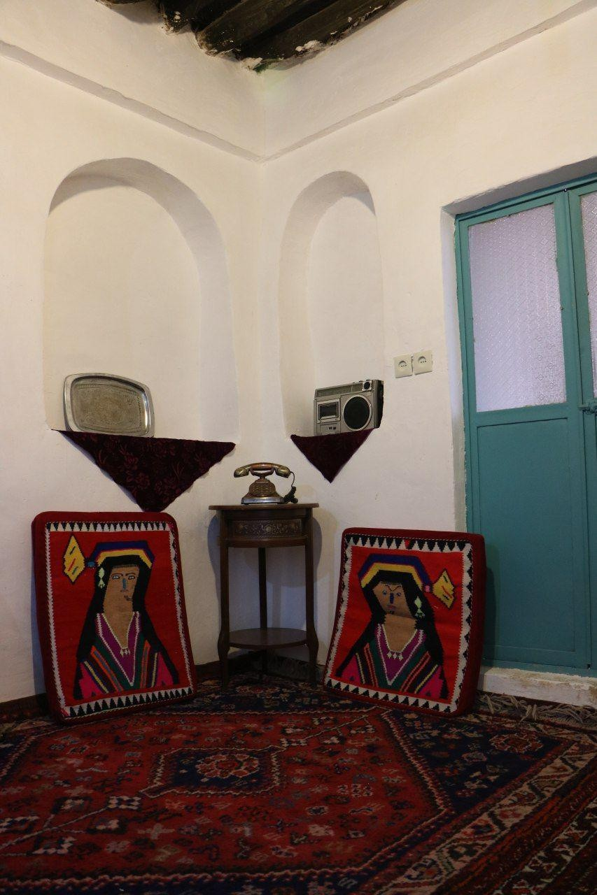 بوم گردی خانه سنتی در فسا -پسینا