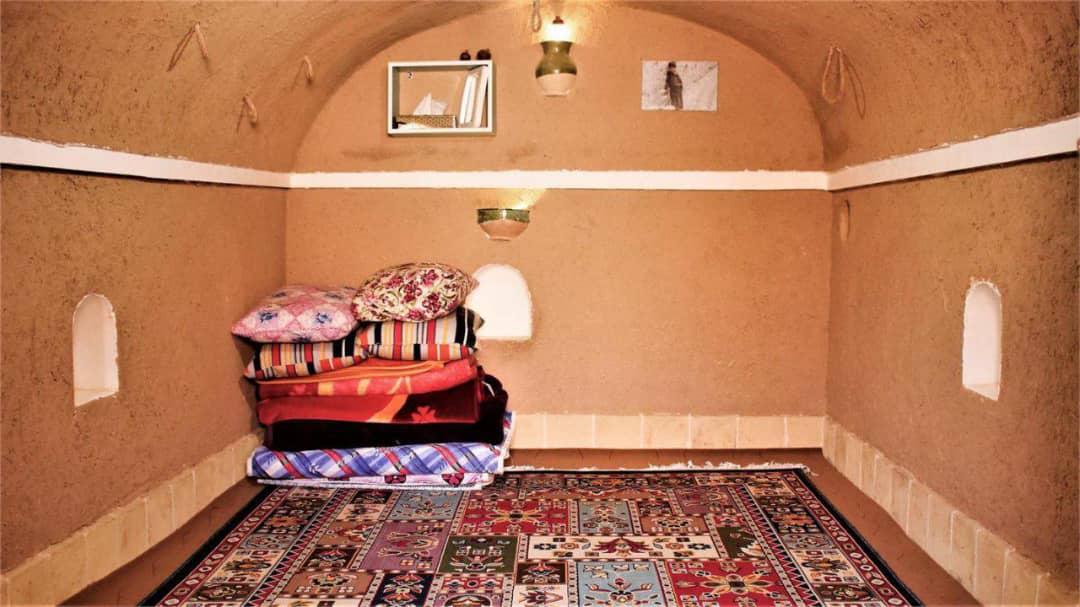 کویری  بوم گردی کویری در کردآباد طبس -اتاق2