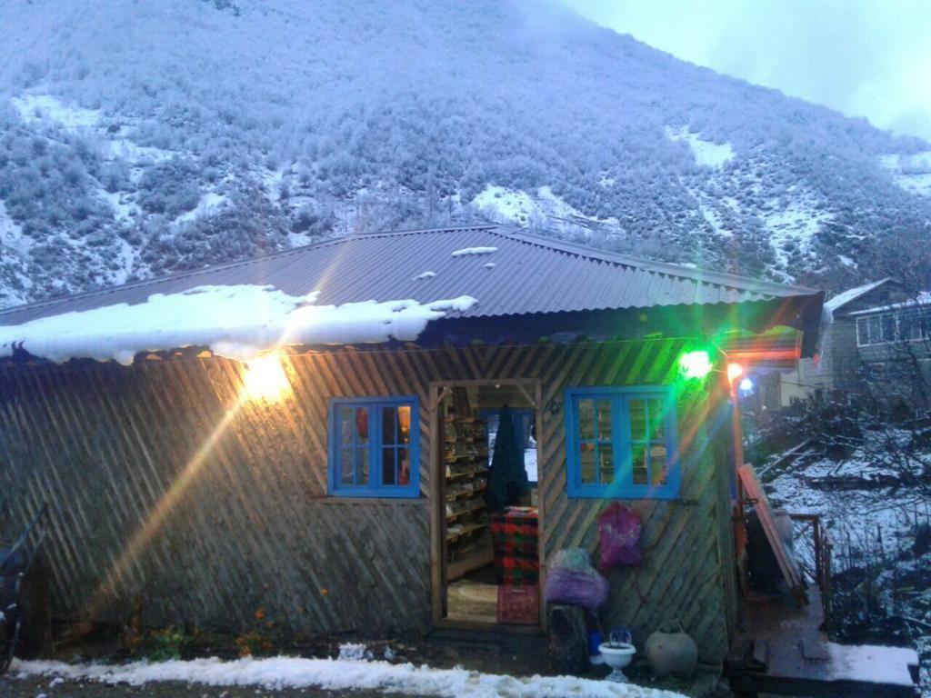 Eco-tourism بومگردی سنتی در رامسر - اتاق 1