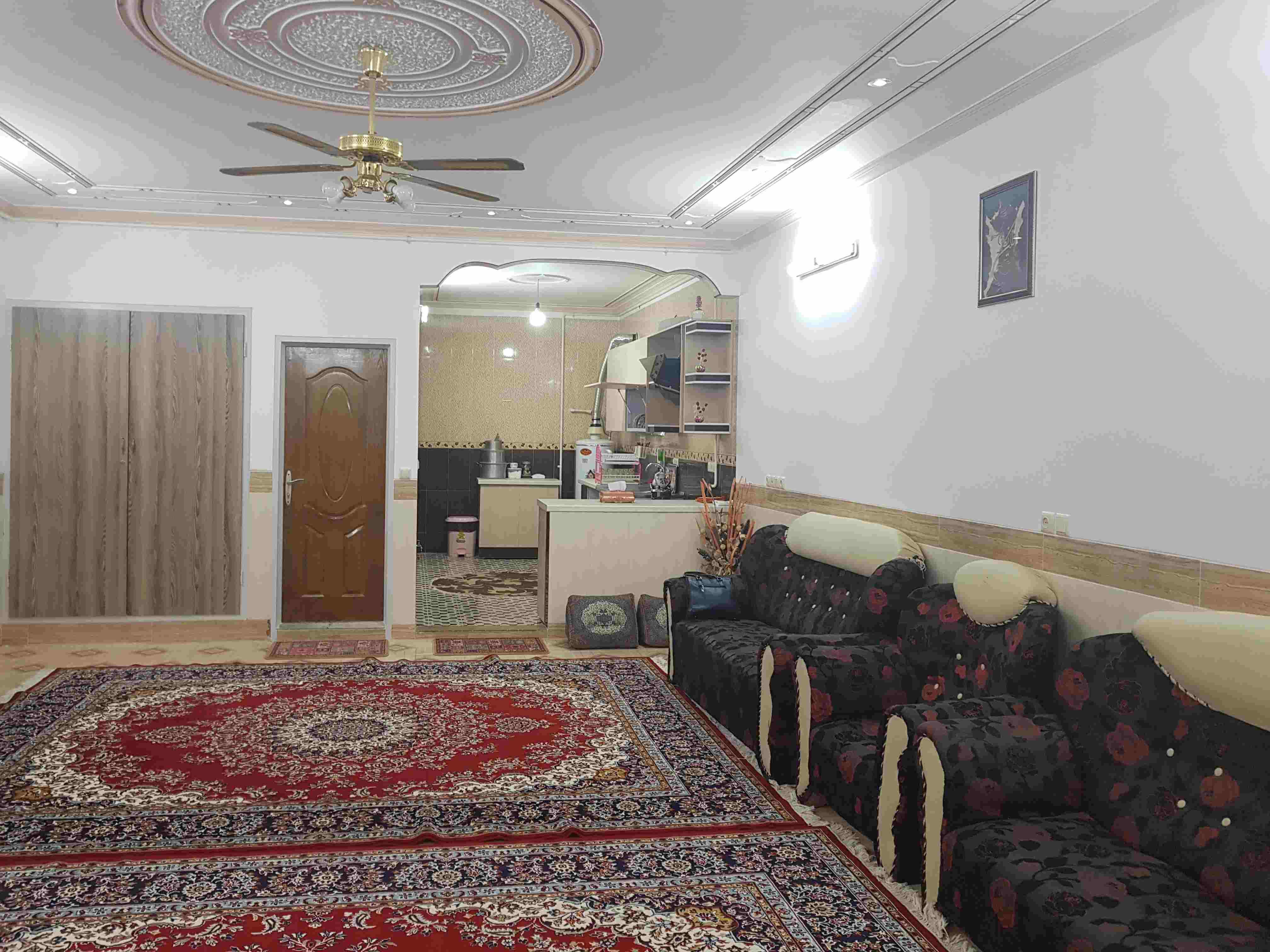 شهری منزل ویلایی مبله در استقلال یزد