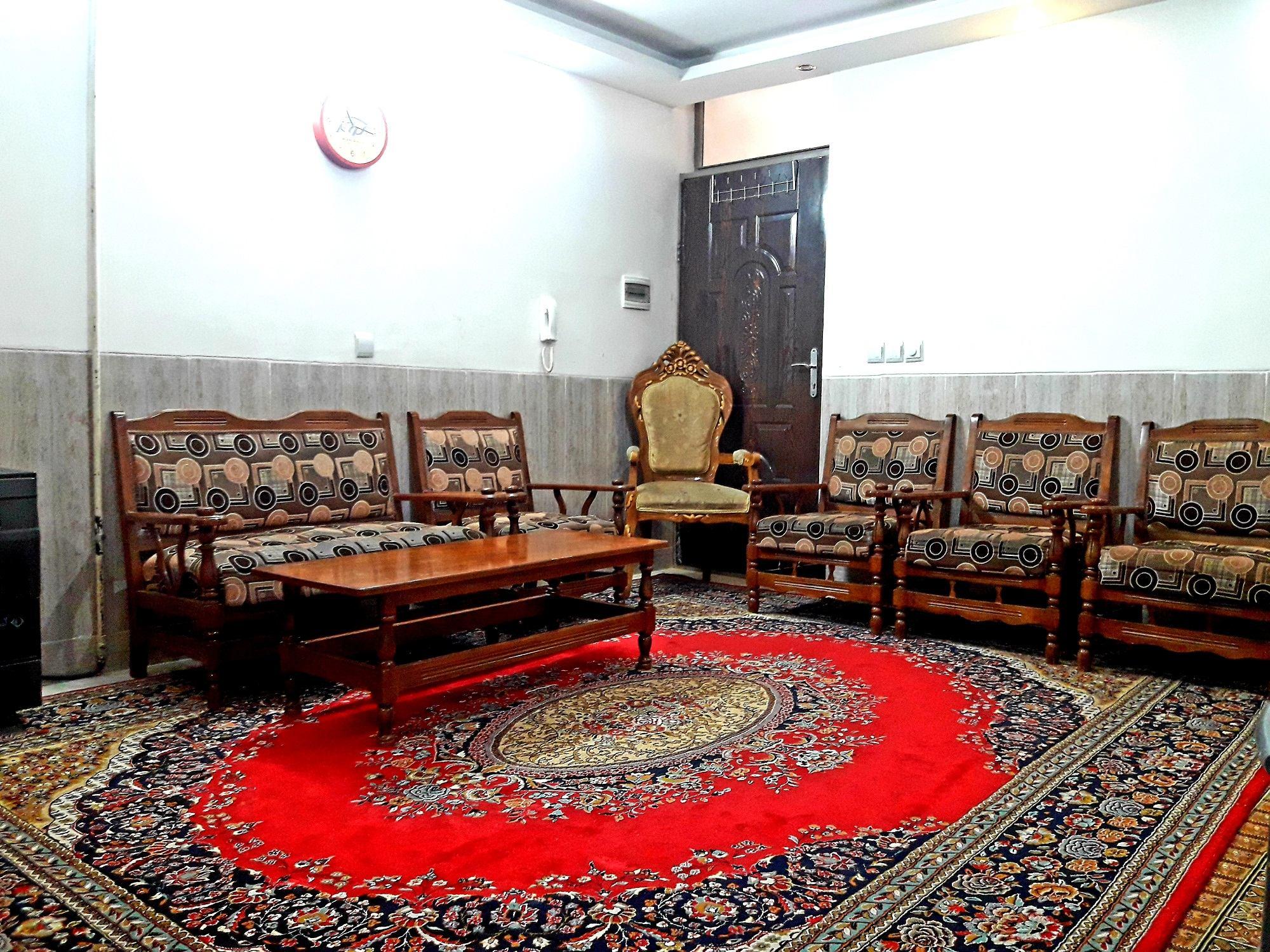 In town سوئیت مبله در لاله شمالی اصفهان