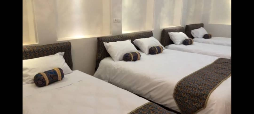 شهری هتل سنتی پنج تخته در رجایی یزد - اتاق 1