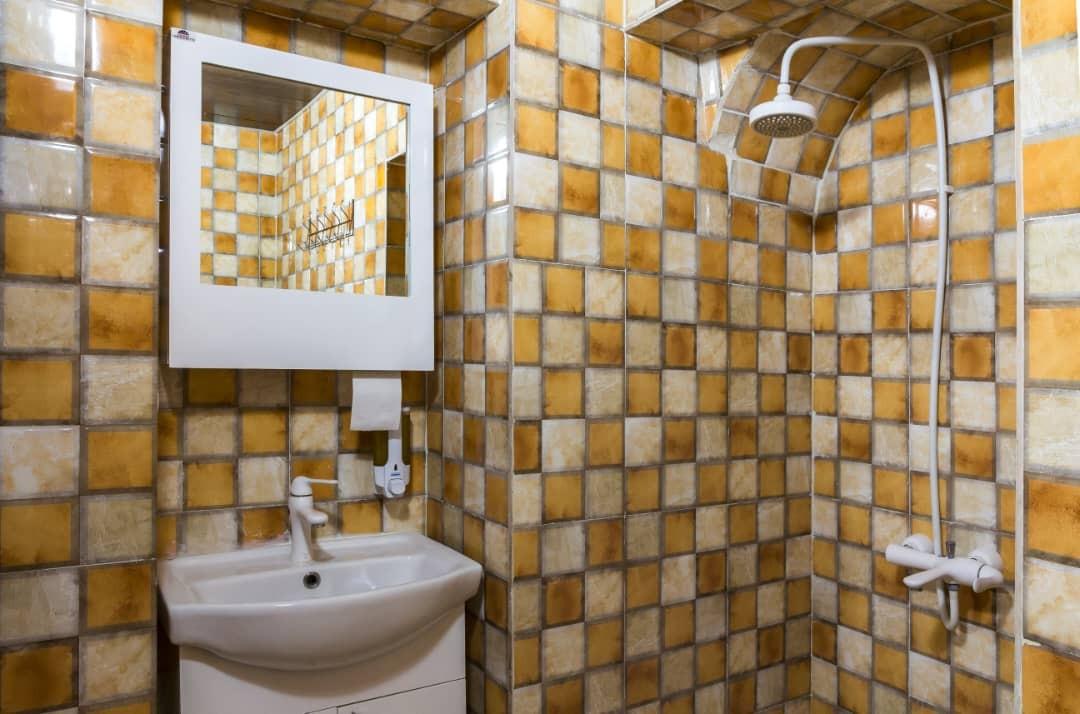 درون شهری هتل آپارتمان ارزان در شیراز-405