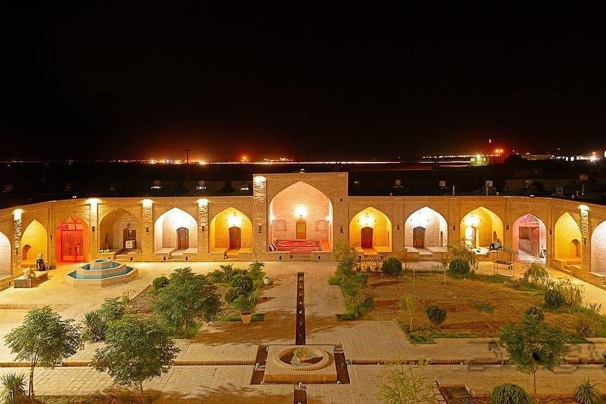 Desert خانه سنتی در ده نمک گرمسار - اتاق3