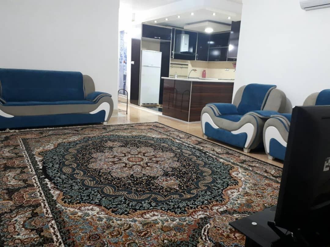درون شهری منزل مبله تمیز و شیک هفت تنان4-شیراز