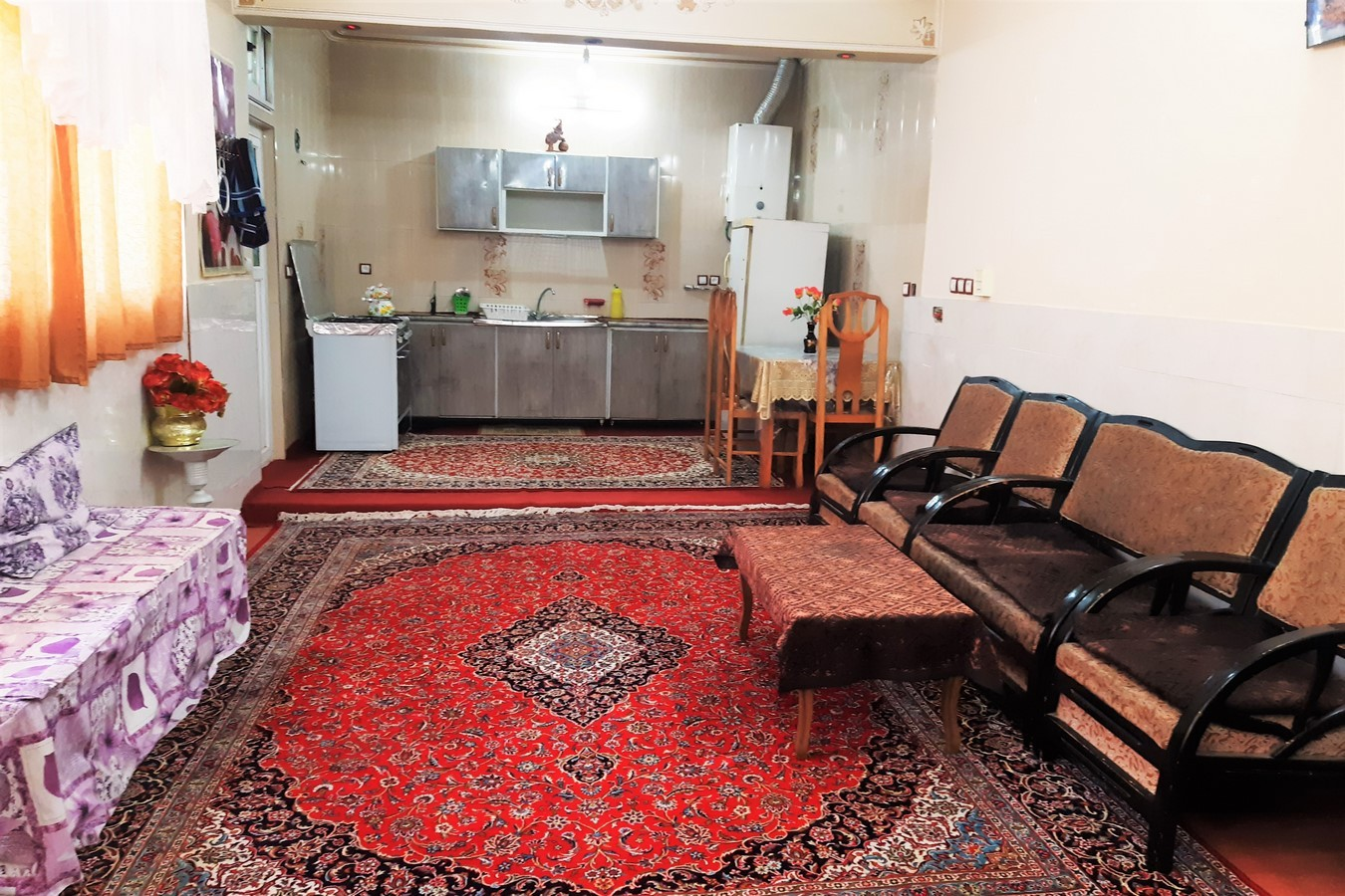 townee سوئیت مبله در لاله شمالی اصفهان