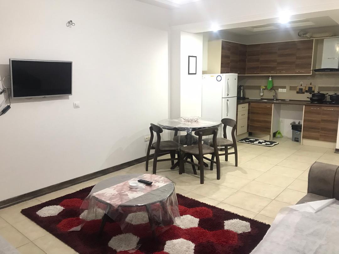 In town آپارتمان مبله در نوبنیاد کیش - طبقه3