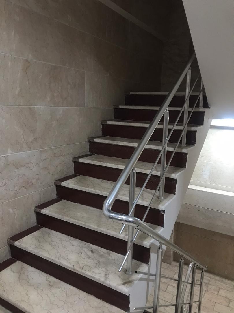 درون شهری آپارتمان مبله در نوبنیاد کیش - طبقه اول