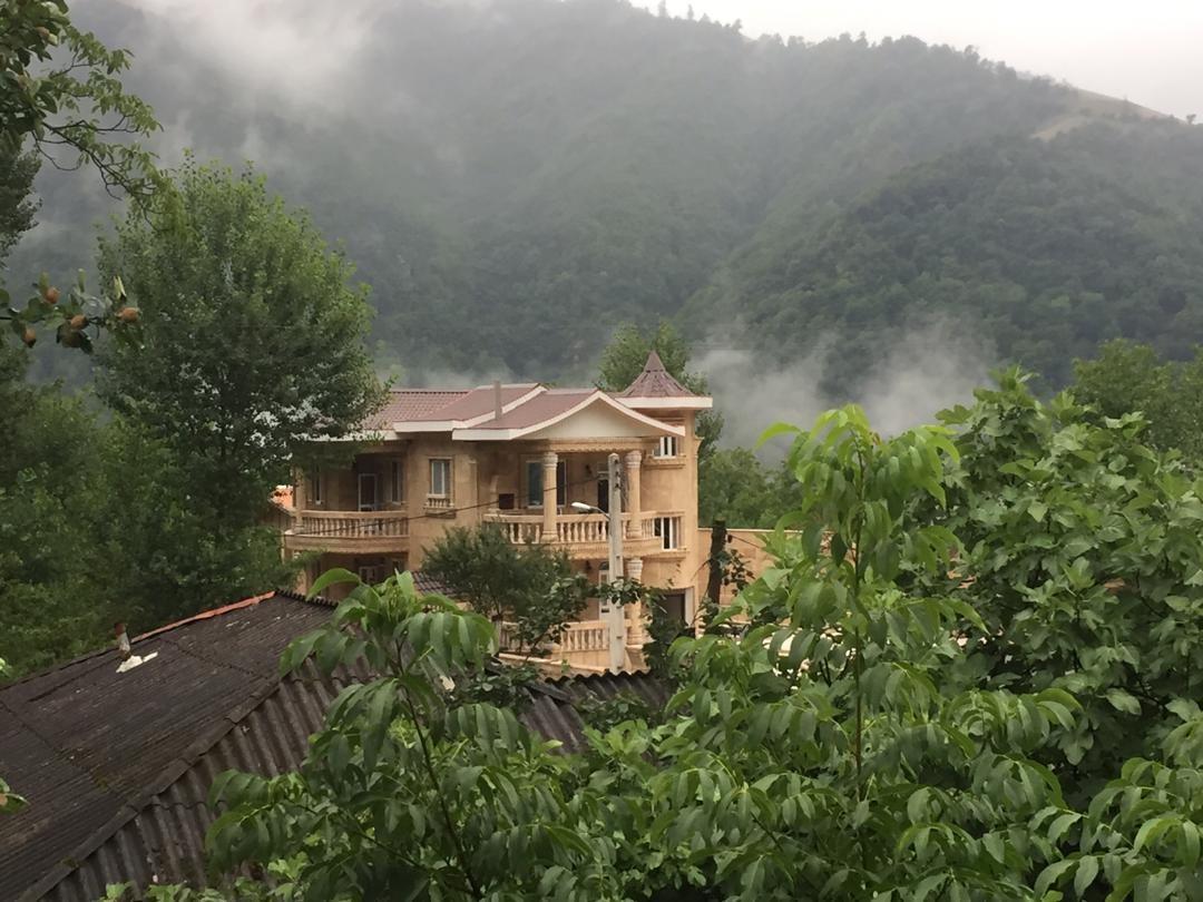 کوهستانی ویلا دربستی درآستارا