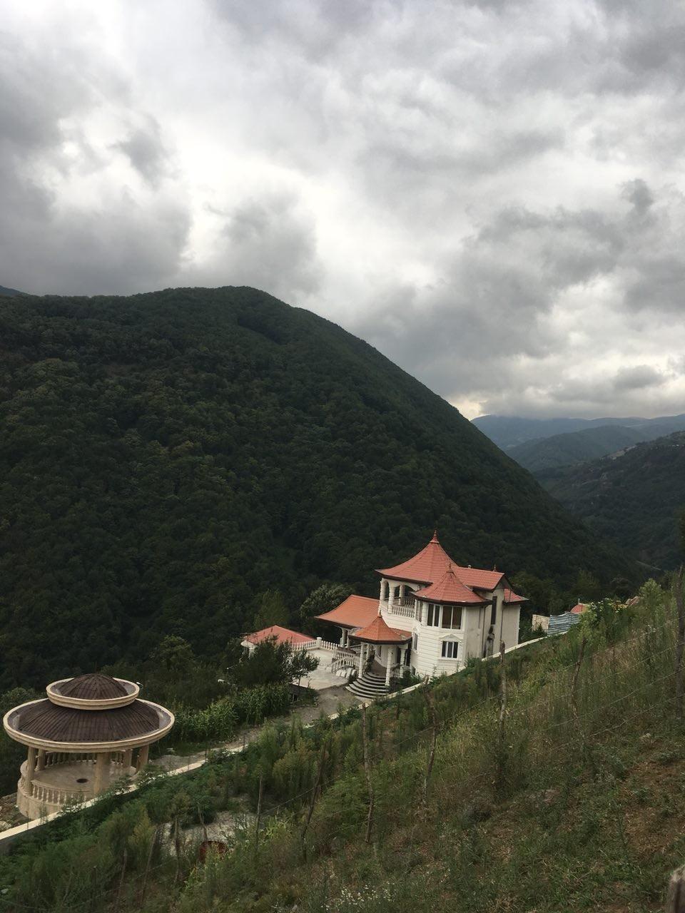 کوهستانی ویلا استخر دار گرنه حیران