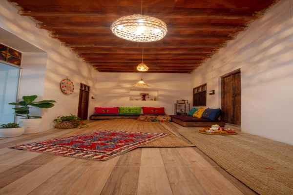 شهری اتاق سنتی در ساحلی کنگان
