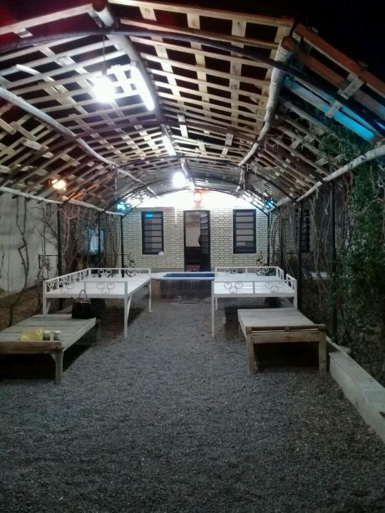 خونه باغ دربست داخل کاشان