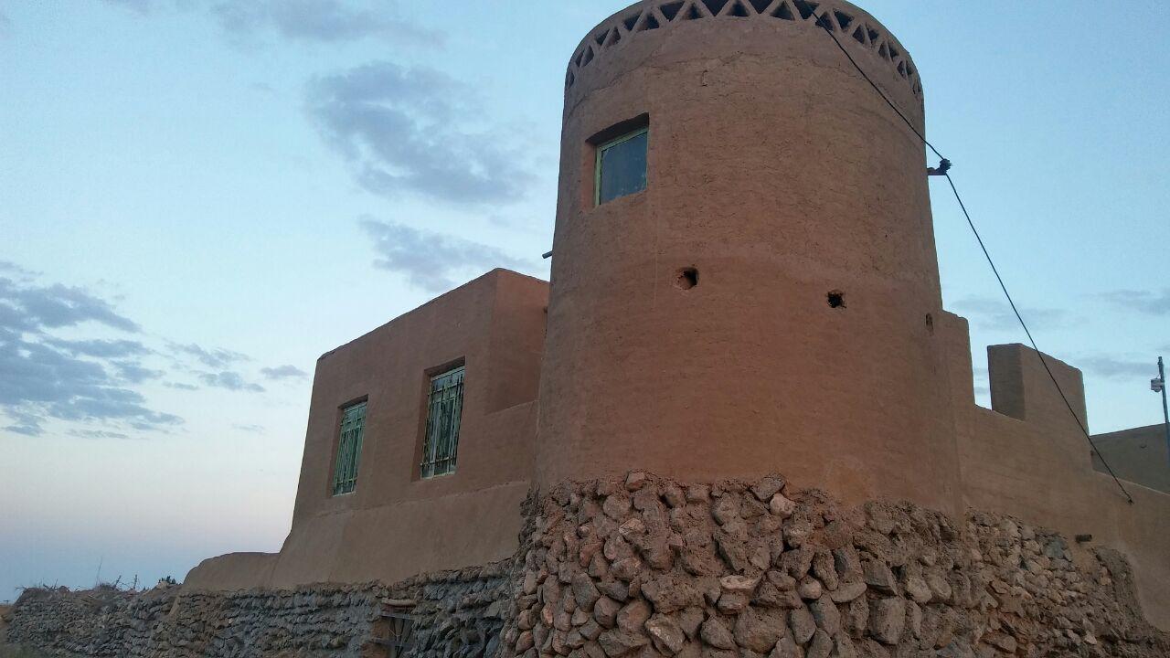 اقامتگاه قلعه امیرخان اتاق برج 1