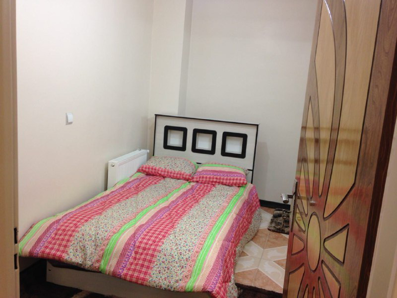 آپارتمان 2 خوابه باهنر 9