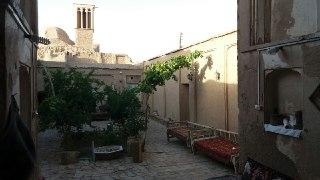 اقامتگاه خواجه ابونصر ریابی اتاق 1