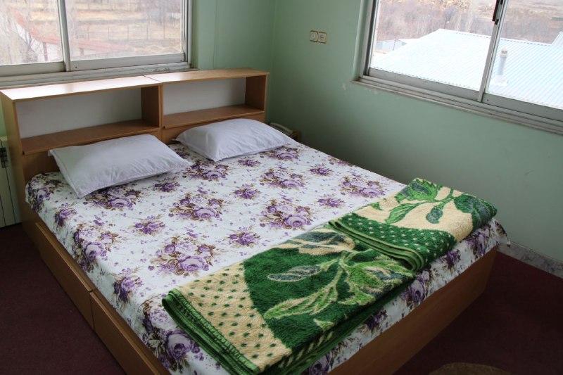 یاس سفید اتاق 113